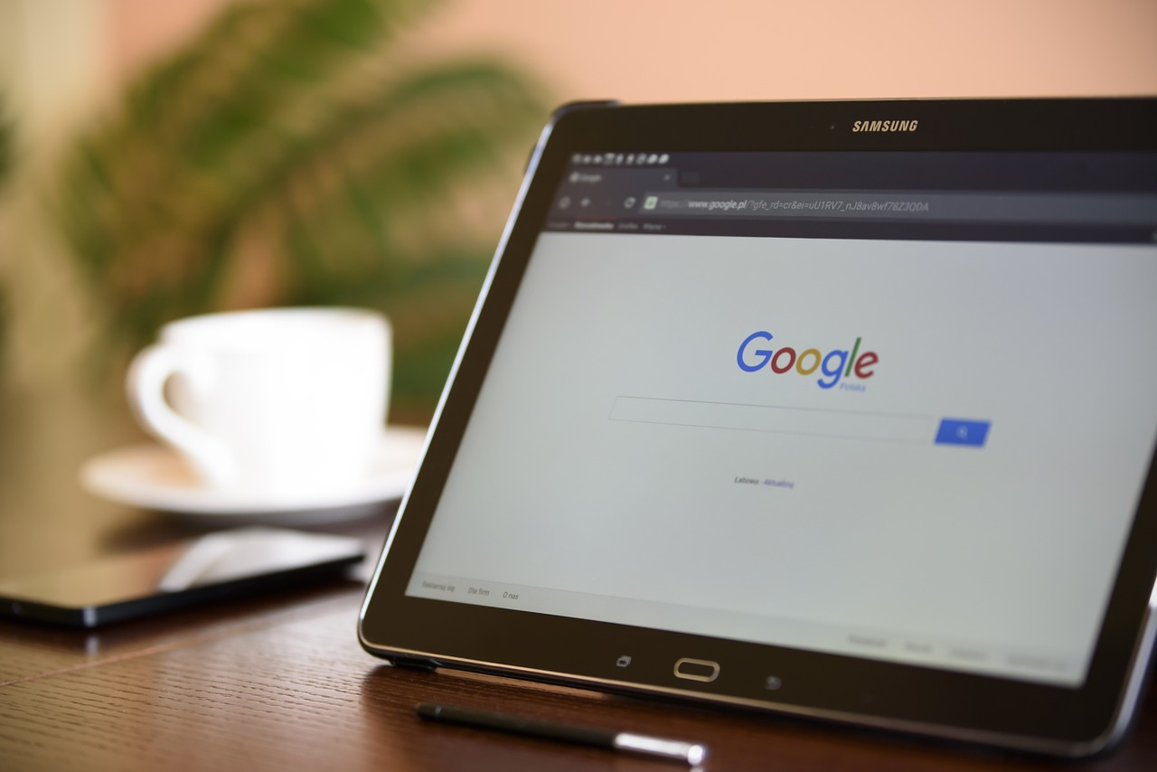 google-search-index-set-to-go-mobile-first-within-months